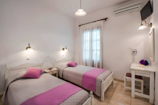 accommodation pension petros two single beds