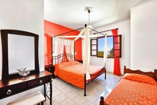 santorini-hotel-petros-02