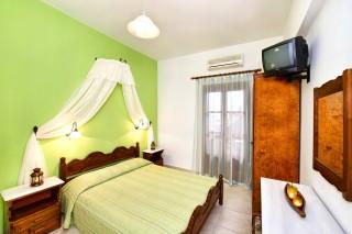 santorini-hotel-petros-09