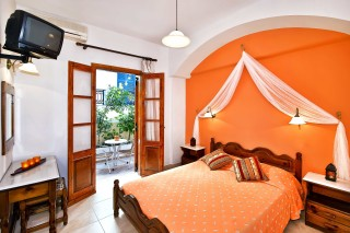santorini-hotel-petros-13